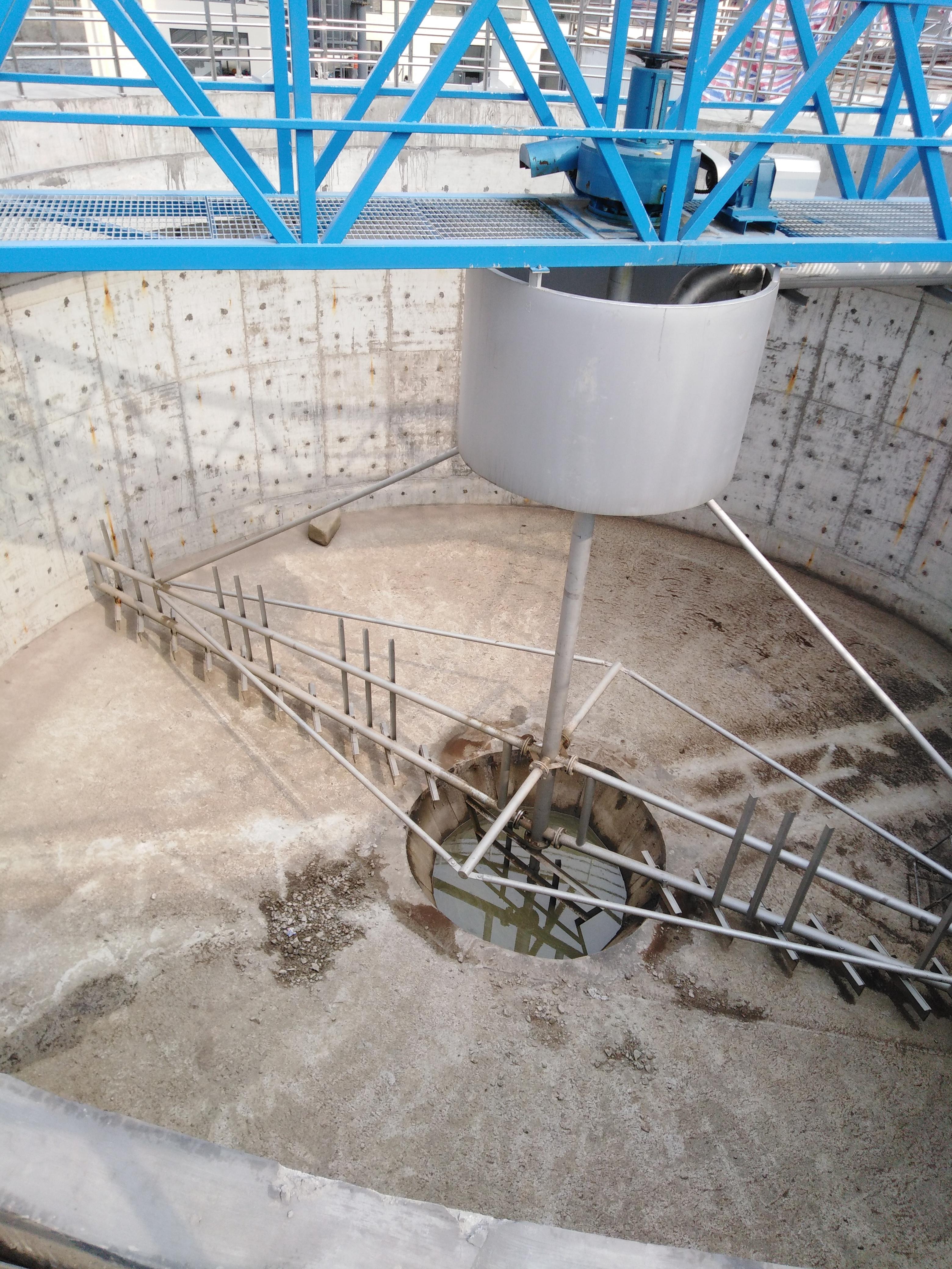 四川德阳刮泥机图片结构图碳钢刮泥机